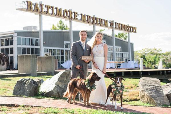 Baltimore-Museum-of-Industry-Wedding-LindsayMike_0010pp_w768_h513