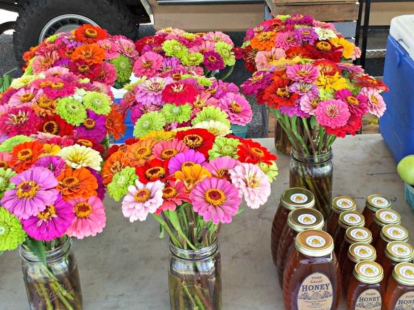 market - tuckeys flower honey