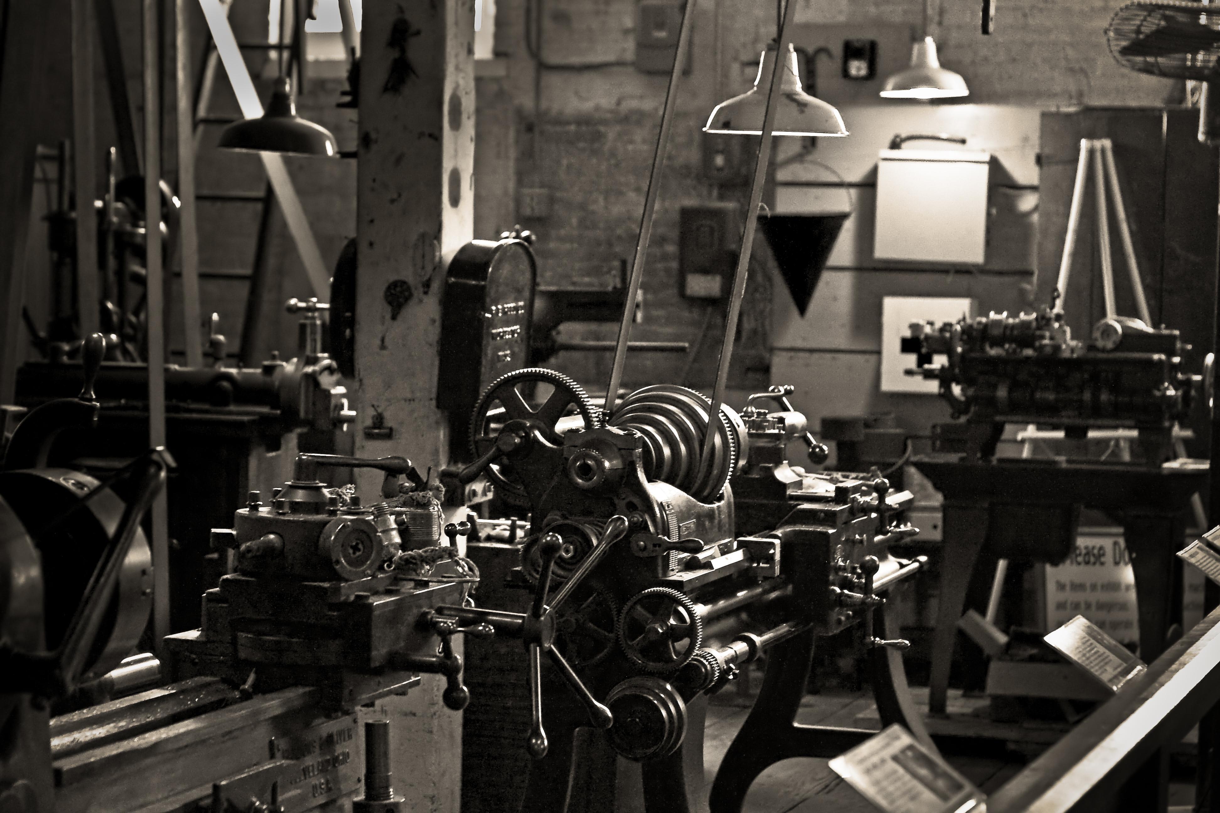 machine-shop-carol_aaron_-7521